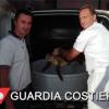 Diportista recupera tartaruga in difficoltà a Livorno